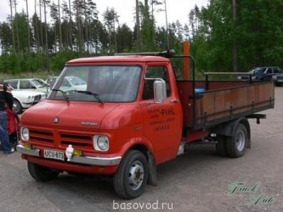 Фото с бедфорд - 1300619196_truck-auto.info_opel-bedford-blitz-cf_3.jpg